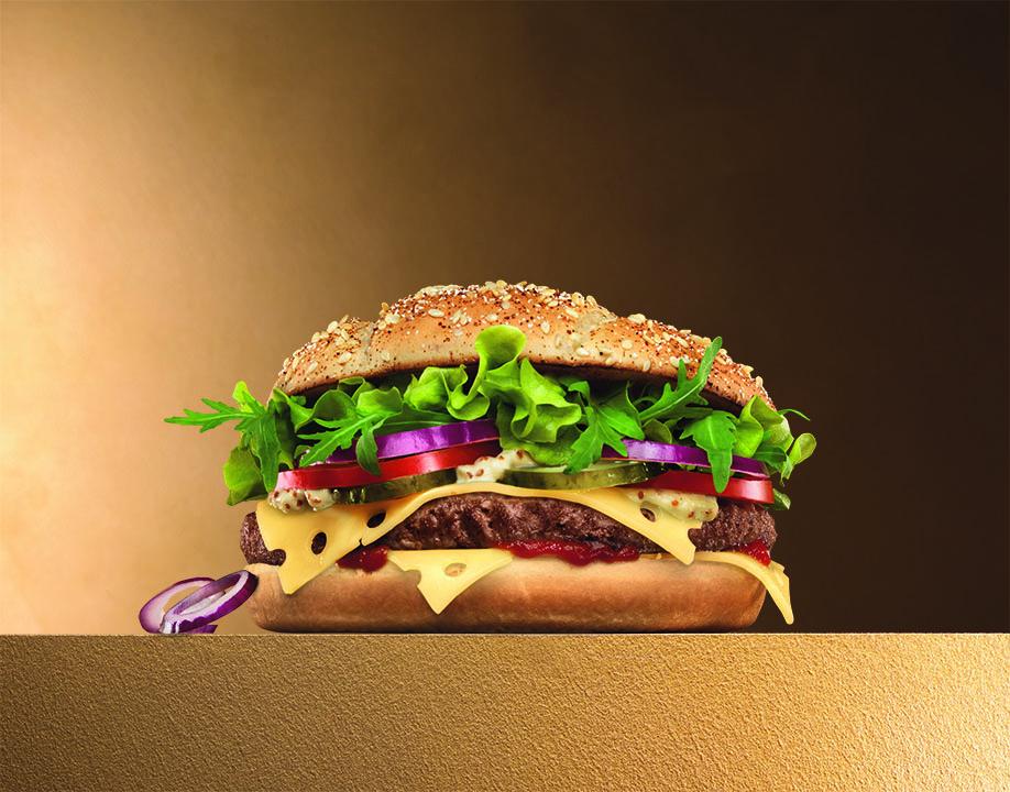 réalisation d'un méga burger de luxe pour Quick
